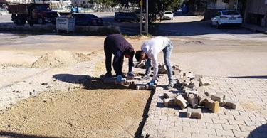 Esenlik ve Saraykent Mahallesi'nde parke onarım çalışmaları