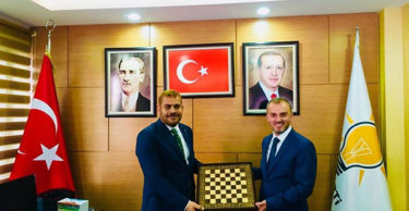 Kandemir, AK Parti Hatay İl Başkanı Güler'i ziyaret etti