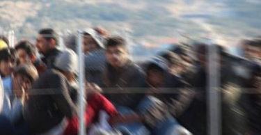 Altınözü ve Yayladağı sınırında  61 kaçak göçmen yakalandı