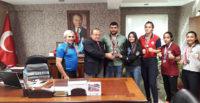 Genç Sporcular Antakya Kaymakamı  Orhan Mardinli'yi Ziyaret etti
