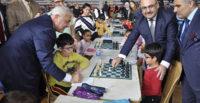 400'e yakın sporcu 100. Yıl Satranç Turnuvası için Dörtyol'da buluştu
