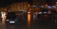 Otomobil zabıta aracına çarptı: 2 yaralı