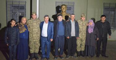 Afrin sınırında duygusal buluşma