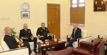 Deniz Kuvvetleri Komutanı Oramiral Özbal'dan Ziyaret