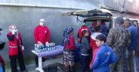 Sel felaketinden etkilenen vatandaşlara yemek yardımı