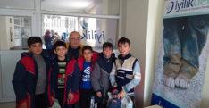 Suriyeli yetimlere kıyafet yardımı