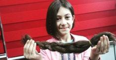 Saçlarını Kanser Hastaları İçin Kestirdi