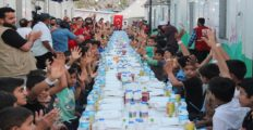 Türk Kızılay'ından Suriyeli mazlumlara yardım eli
