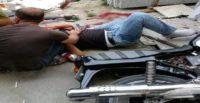 Motosikletli gençler kaza yaptı; 2 kişi ağır yaralı!