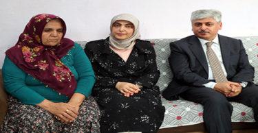 Hatay Valisi Doğan'dan şehit ailesine taziye ziyareti