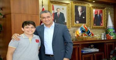 LGS Şampiyonu Başkan İbrahim Gül'ü Ziyaret Etti