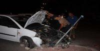 """""""Dur"""" ihtarına uymayan sürücü, polisten kaçarken kaza yaptı"""