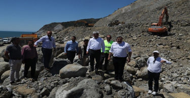Vali Doğan, Arsuz'da incelemelerde bulundu