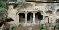 Titus Tüneli turist akınına uğruyor