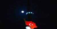 Hatay'da parçalı Ay tutulması böyle görüntülendi