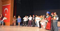Hatay Barosu tiyatro ekibi ilk kez sahne aldı
