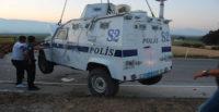 ZIRHLI POLİS ARACI DEVRİLDİ