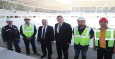 Hatay Valisi Doğan, yeni stat inşaatını gezdi