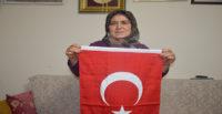 """""""Yörük Ana"""", Barış Pınarı Harekatı'ndaki askerlere de kurban kesmek istiyor"""