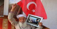 Afrin'e giden askerlere çay demleyen Muhammet dededen Mehmetçiğe dua