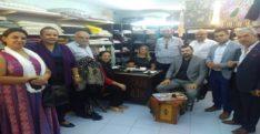 AK Parti Hatay Milletvekili Sabahat Özgürsoy Çelik ve AK Parti Antakya İlçe Başkanı Emrullah Gülen Samandağ İlçesinde esnafı ziyaret etti
