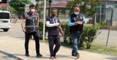 POLİSTEN KAÇAN CEZAEVİ FİRARİSİ ÇATIDAN DÜŞEREK YARALANDI