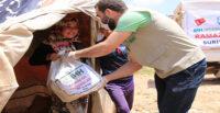 İHH'DAN AFRİN'DE 3 BİN 500 AİLEYE GIDA KOLİSİ YARDIMI