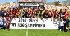 ŞAMPİYON HATAYSPOR, KUPASINI ALDI