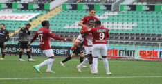 A.HATAYSPOR, HOROZU SUSTURDU 2-0