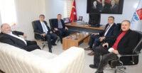 ÇAKMA CHP'Lİ LÜTFÜ SAVAŞ 2 YIL SONRA PARTİ İL BİNASINDA