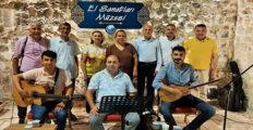 """""""TÜRKÜLERDE, ŞİİRLERDE BAYRAM"""" DİNLEYENLERİ MEST ETTİ"""